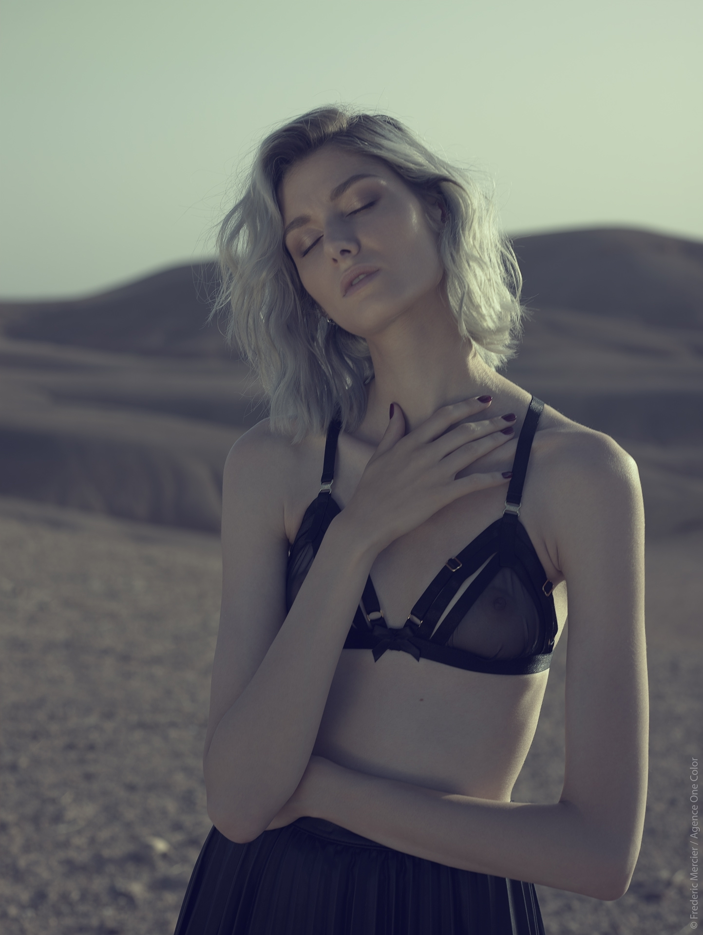 desert american wild lingerie bordelle frederic mercier photographer one color