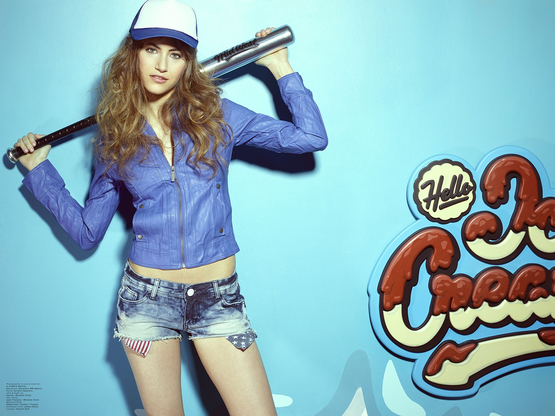 bar pub rock girl frederic mercier photographer edito lifestyle us american dream jean fashion one color