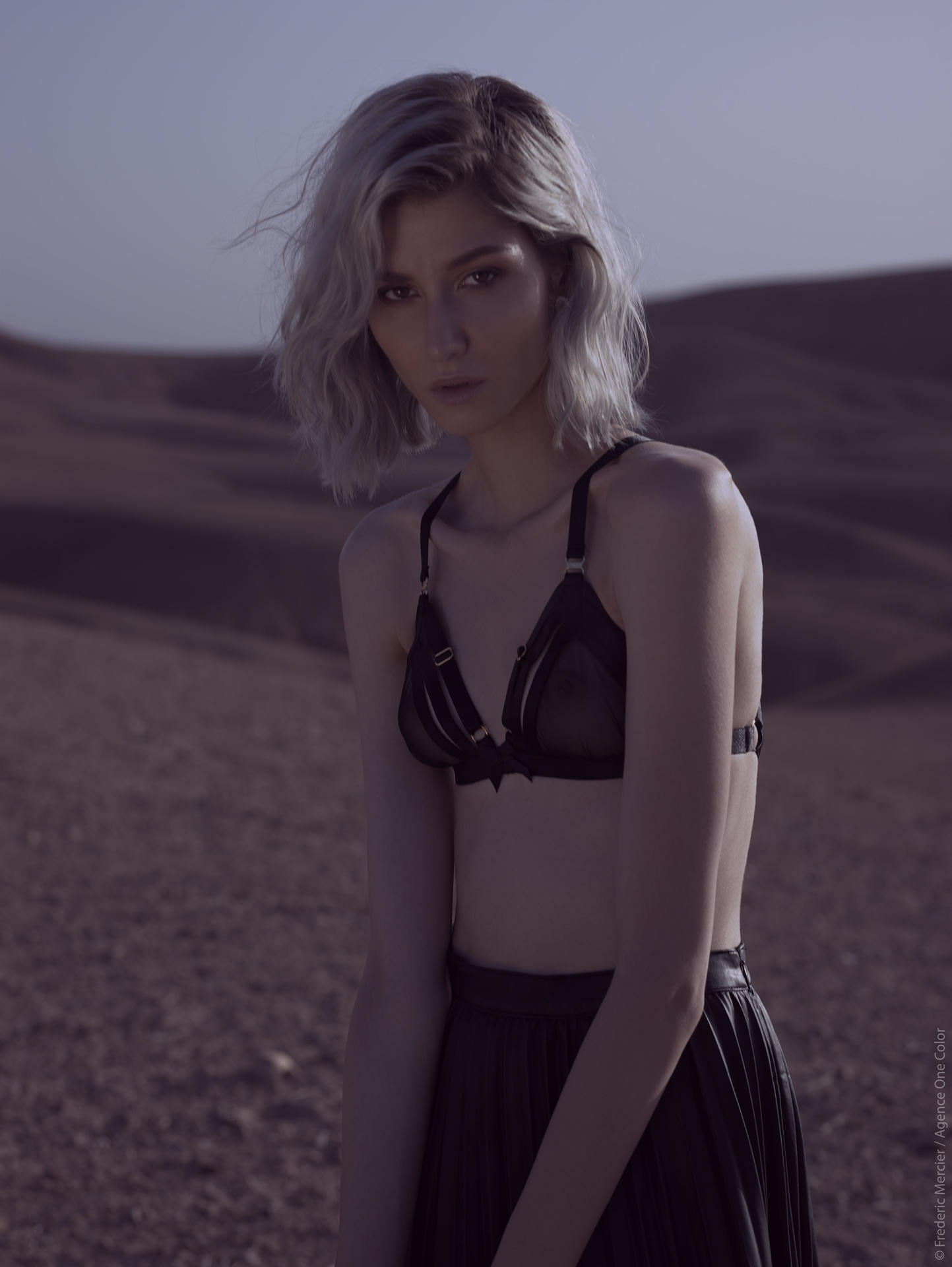 desert american wild lifestyle lingerie bordelle frederic mercier photographer one color