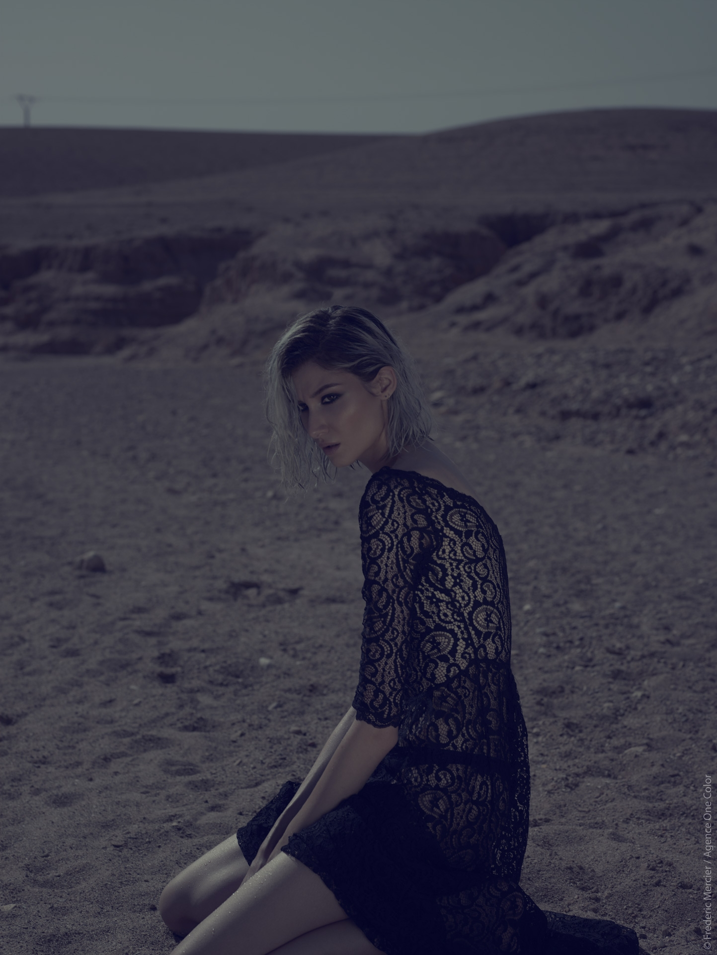 desert american wild lifestyle lingerie paloma casile frederic mercier photographer one color