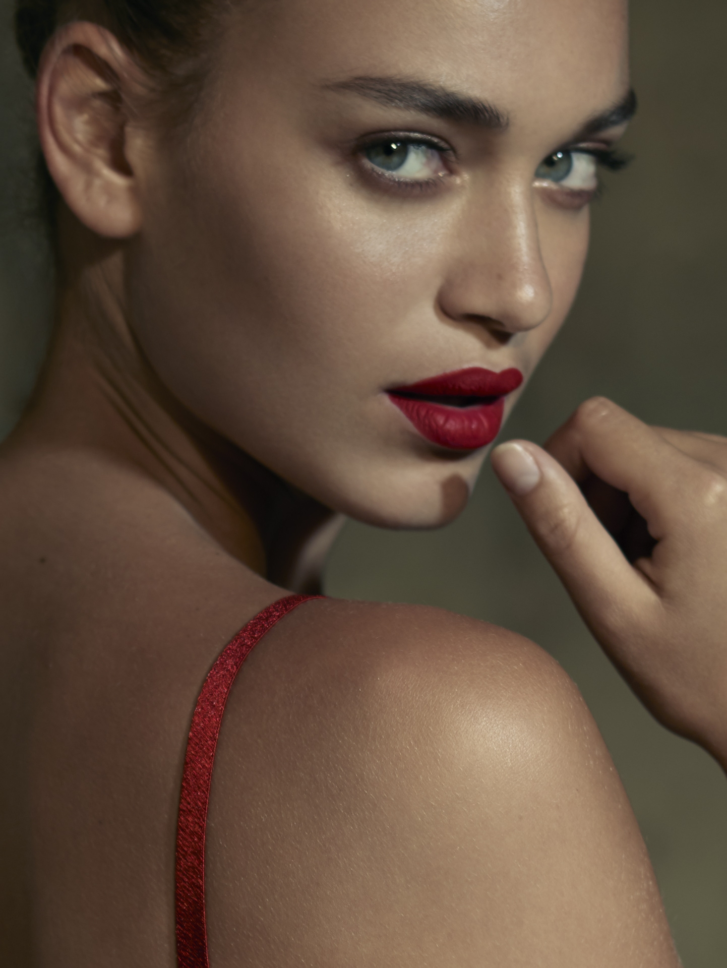 cinema movie light burn red lips beauty cosmetic blue eyes lingerie frederic mercier photographer one color