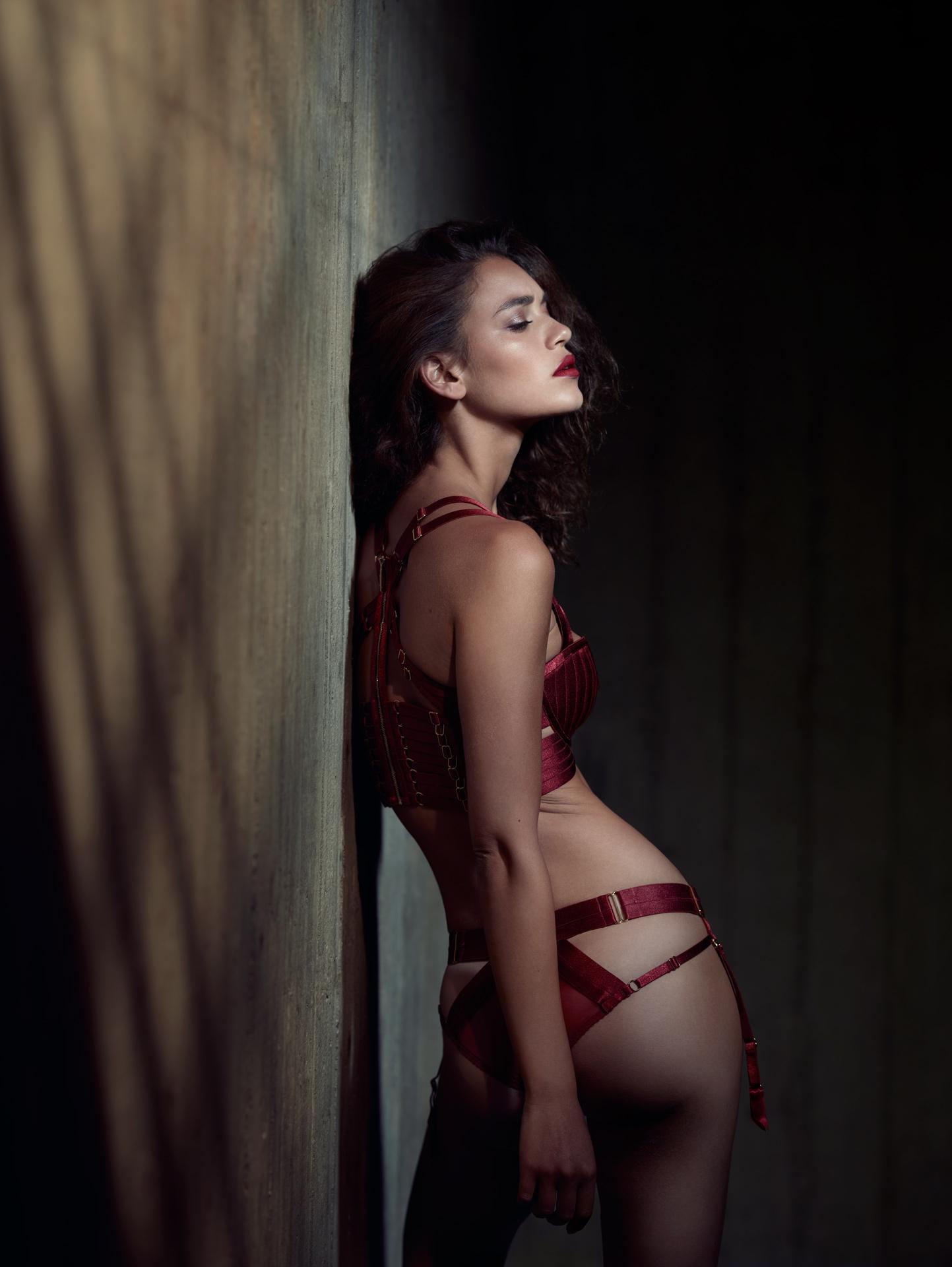 cinema movie light burn red penitentiary jail concrete bordelle lingerie frederic mercier photographer one color
